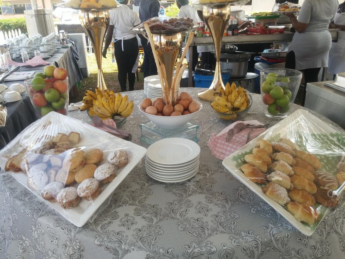 Full English breakfast munch meals